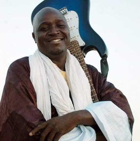 Le musicien chanteur Ali Atchibili