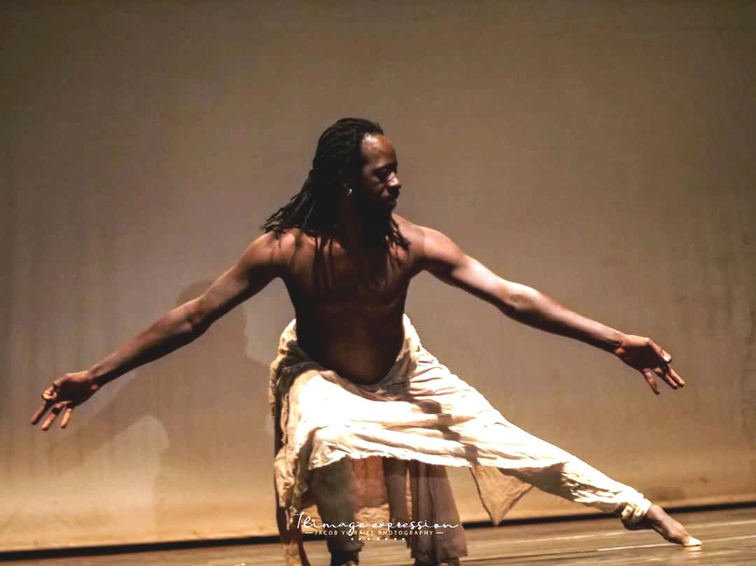 le danseur chorégraphe Aguibou Bougobali Sanou